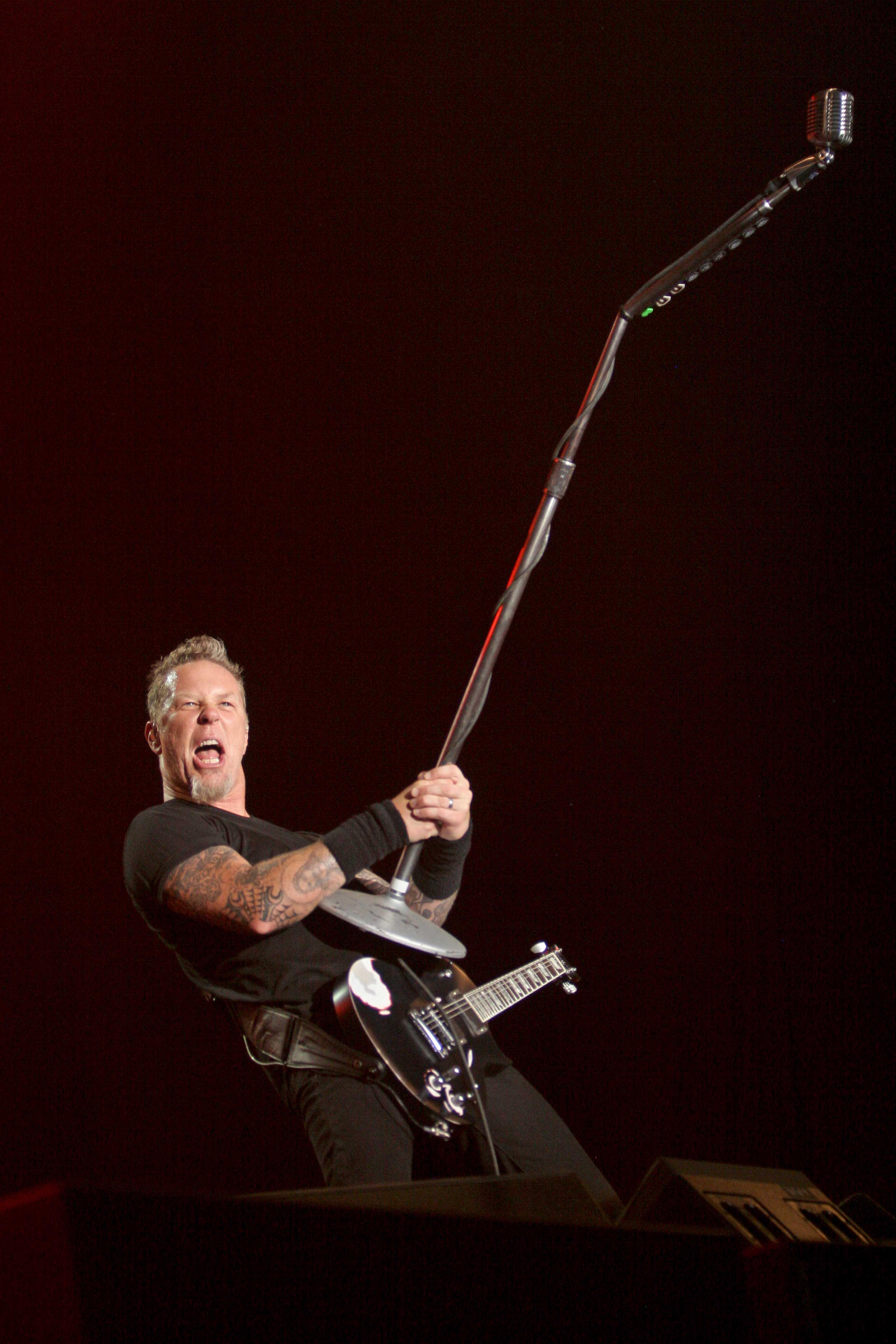 Concierto de la banda de rock estadounidense Metallica, cuyo  estilo es el  Heavy metal, en en el Hipodromo de la Rinconada. Caracas, 13-03-10 (WILLIAM DUMONT / EL NACIONAL)