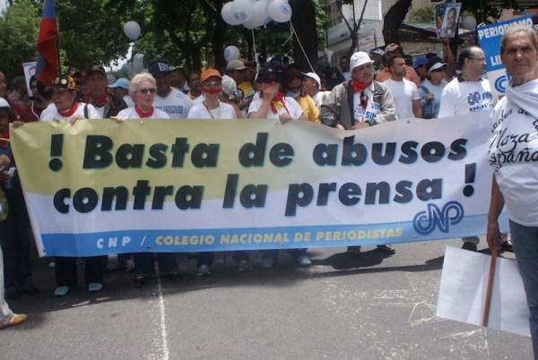 Libertades de expresión y de información bajo asedio en América Latina