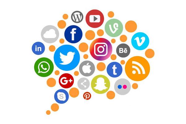 Las redes sociales: un espacio de encuentro y discernimiento, ¿lo entiende la Iglesia?